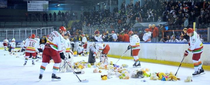 Szczytny cel, zwycięstwo, pełna trybuna – czyli hokej w Sosnowcu