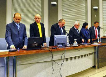 Pracowity dzień w UM, kolejny wiceprezydent i konsternacja na Komisji Oświaty