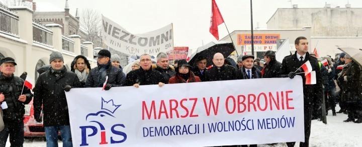 Marsz PiS w obronie demokracji i wolności mediów