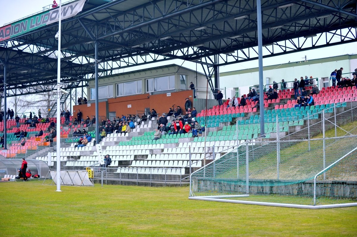 """Góra urodziła mysz, czyli """"Strategia rozwoju sportu w Sosnowcu na lata 2015 -2020"""""""