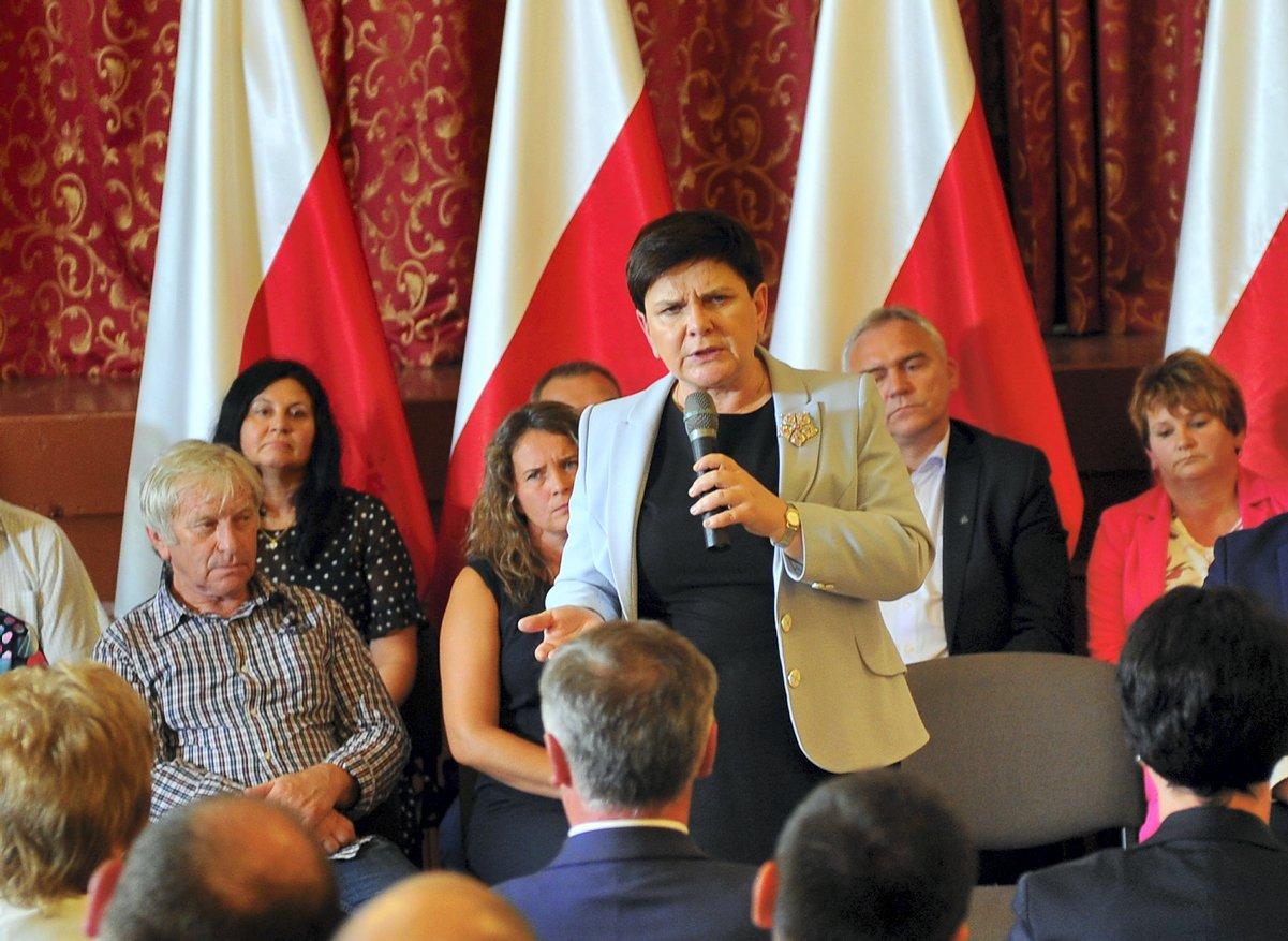 Wicepremier Beata Szydło w PO-PiS-owym Sosnowcu