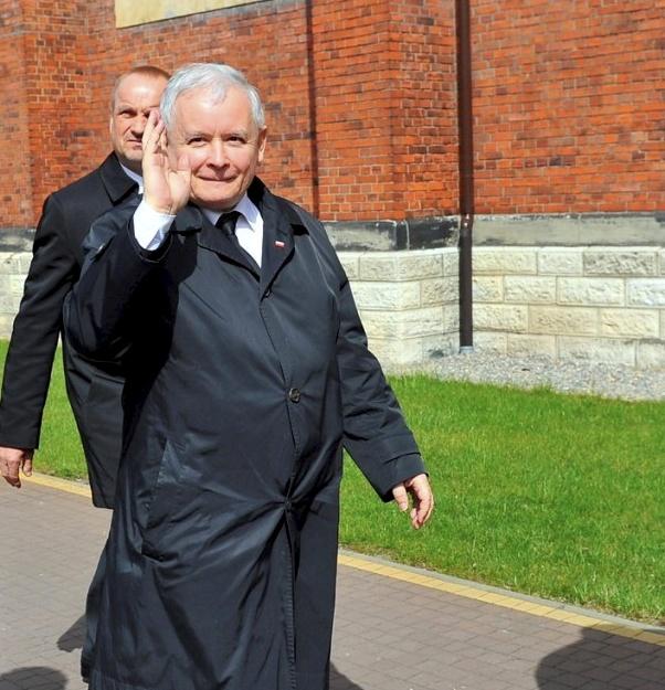 Kaczyński zarządził. Osoby pracujące w państwowych spółkach nie będą kandydowały do samorządu